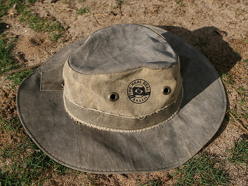This hat has bulk metal grommets
